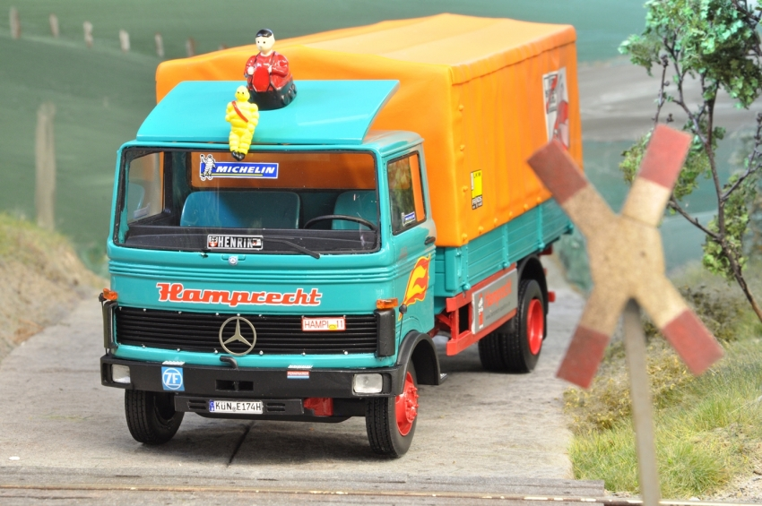 Mercedes-Benz LP 608/813 Spedition Hamprecht